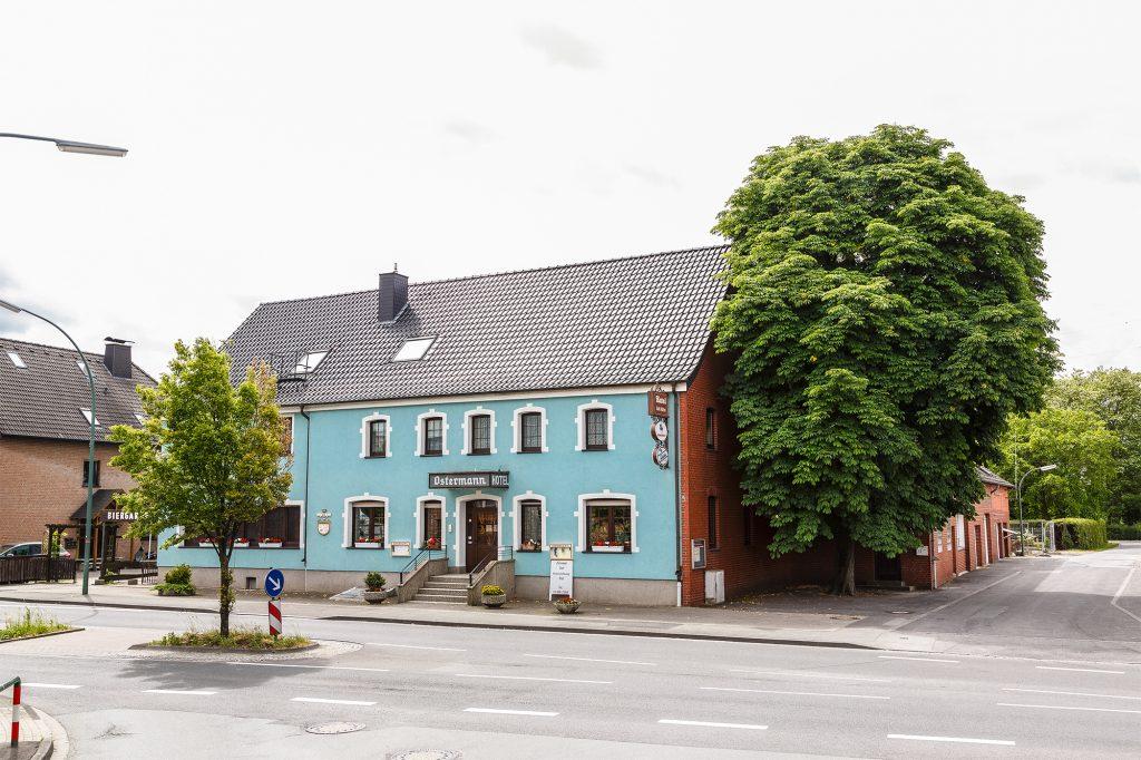 Hotel Ostermann Einzelzimmer Doppelzimmer Ferienwohnung großer Parkplatz zentrale Lage Ahlen Dolberg Beckum Hamm